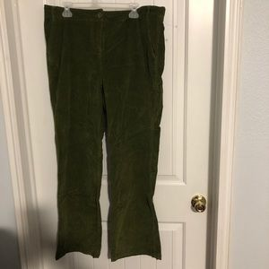 NWT Two Hearts green corduroy maternity pants L